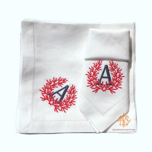 coral-monogram-dinner-napkins-monogrammed-linen-napkins