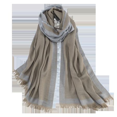 monogrammed-scarf