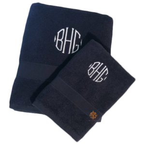 monogrammed-towels-for-graduation-2